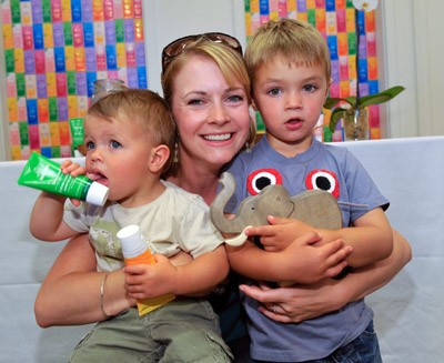 Melissa joan hart is donating used baby gear