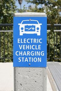Fast-charging solar stations plan to be installed along Highway 101