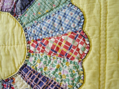 Use fabric scraps to make a quilt