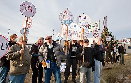Mike-O'Meara-HEA-protest