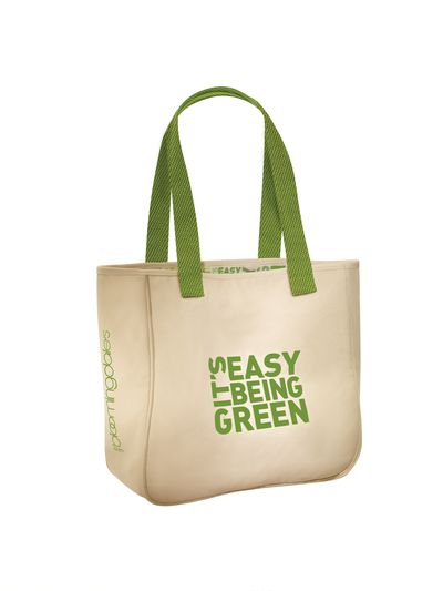 Bloomingdale's green bag