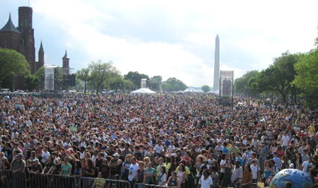 Climate-Rally-crowd