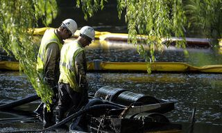 MI oil spill