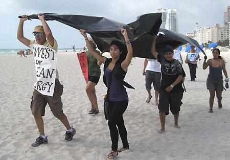 Miami-Beach-ralliers
