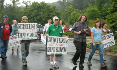 Ison-Rock-Ridge-protest