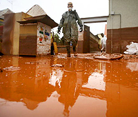 Hungary_red_sludge_spill_200