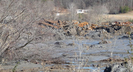 Tennessee-coal-ash-debris