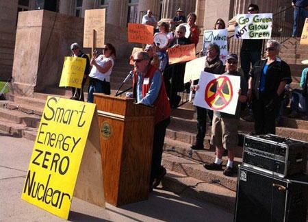 Pueblo-no-nuke-rally