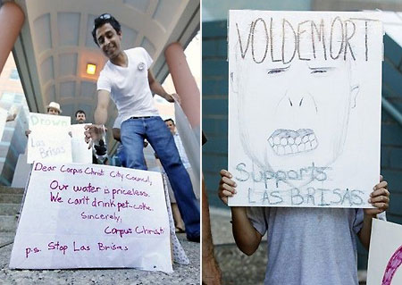 Las-Brisas-protesters