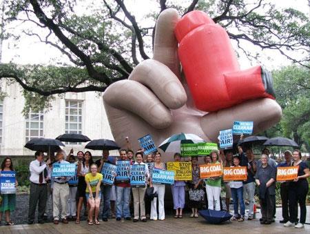 Giant-inhaler-Houston
