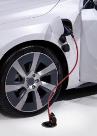 Plug in car vertical cropped