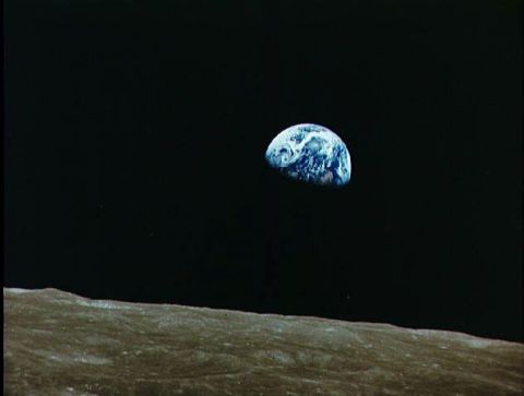 12-16-11 apollo08_earthrise
