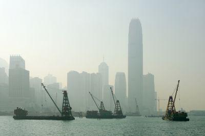 Hong kong landfill barges
