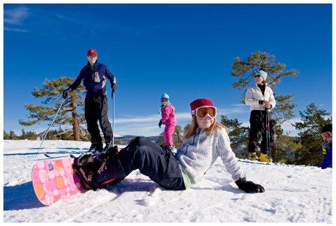 Skiing_Boarding Family at Badger Pass
