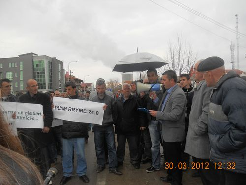 Kosovo protest2