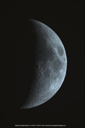 12-23-11 Crescent Moon Chumack
