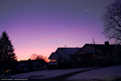 1-13-12_CrescentMoon_Venus_Chumack