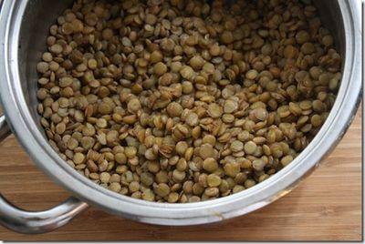 Prepare lentils for the salad