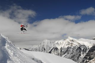 Josh Dueck hucks at Chatter Creek