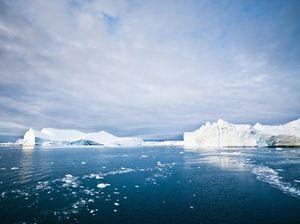 Arctic ice mlenny iStock_000016060581XSmall