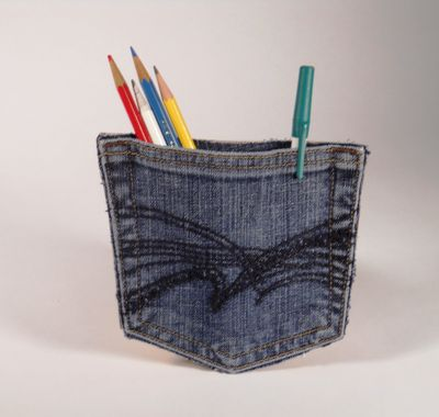Denim pocket magnet DIY