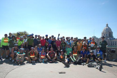 MN bike tour crowd