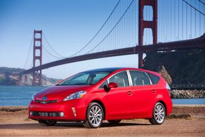 Toyota Prius v and Golden Gate Bridge