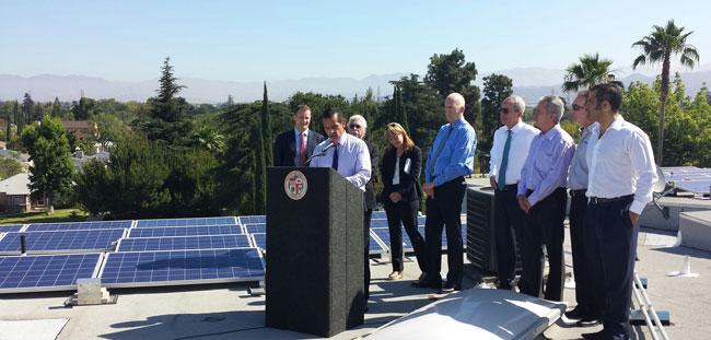 Los-Angeles-rooftop-solar