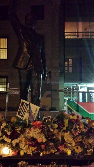 Nelson Mandela statue in Washington DC