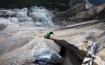 Honnold soloing Mt. Watkins (Yosemite Triple)