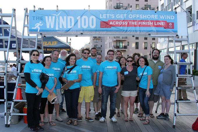Finish-line-Wind-100