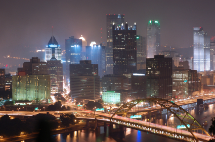 Pittsburgh_at_night_istock_00000396
