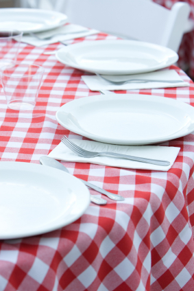 Table_setting_istock_000004213663xs